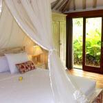 BD6_United_Colors_of_Bali_joglos_chambre_2_N4_Copier