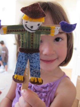 popcycle stick scarecrow