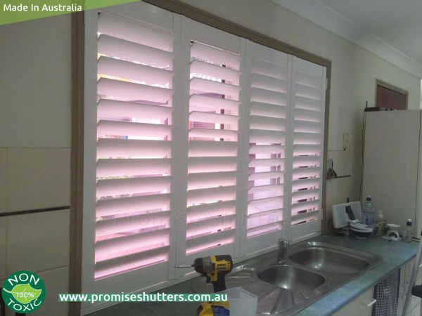 bifold window shutters without tracks