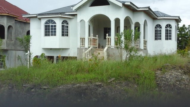 House for sale in black river st elizabeth jamaica