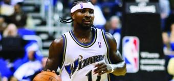 Dee Brown emphasizes positivity in achieving goals