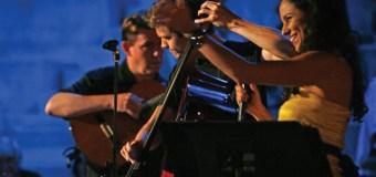 Spurlock celebrates diversity with samba performance