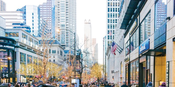Photo by Derian Silva| Shown is Michigan Avenue in Chicago on Black Friday, 2017.