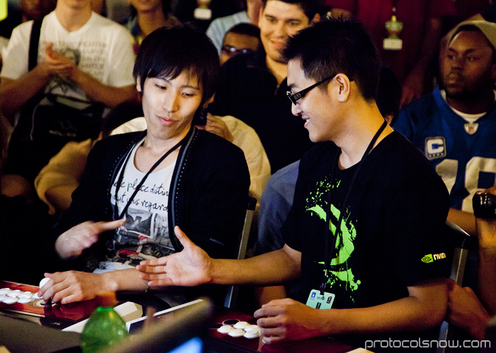 Season's Beatings V Redemption fighting game tournament Gamerbee Taiwan Super Street Fighter IV SSF4 Bruce Hsiang Momochi