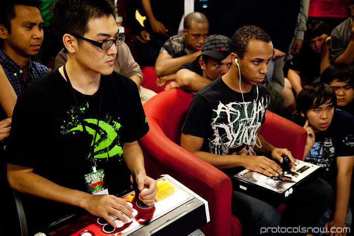 Season's Beatings V Redemption fighting game tournament Mike Ross Gamerbee Super Street Fighter IV