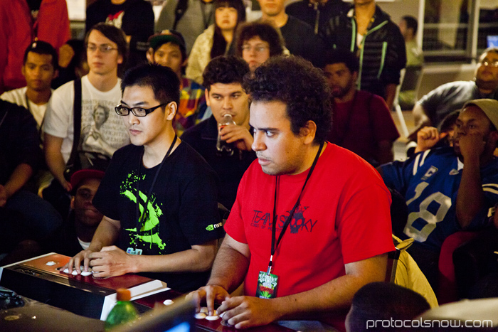 Season's Beatings V Redemption fighting game tournament Gamerbee Arturo Sanchez Sabin Super Street Fighter IV