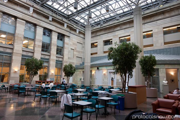 Harvard Medical School Tosteson education center atrium