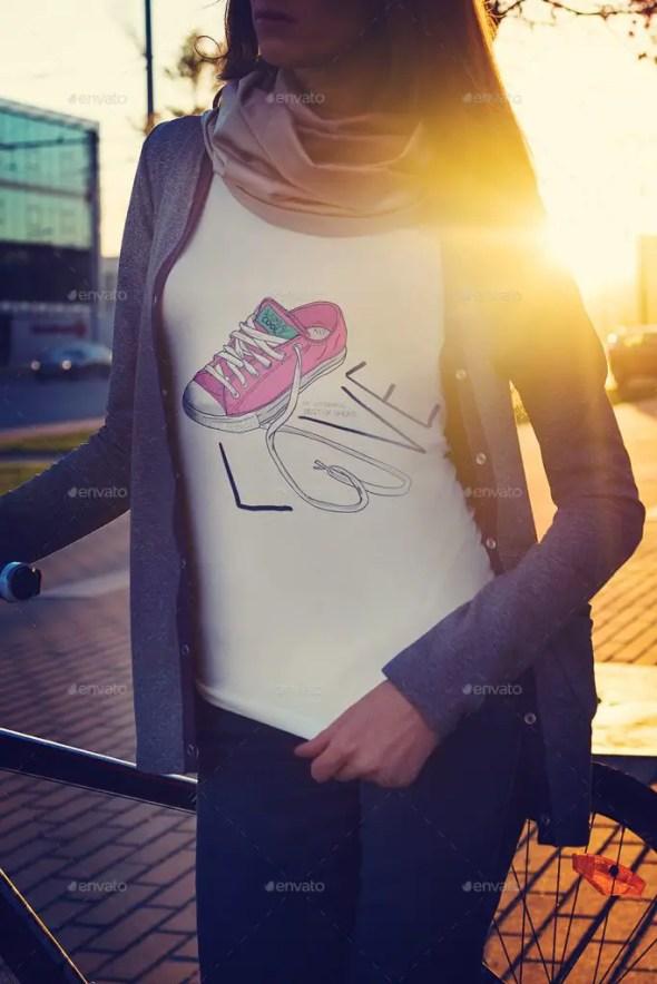 T-Shirt Mockup Street Edition