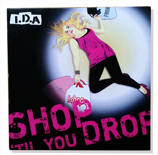 """CD-konvolut och illustrationen till I.D.A:s singel """"Shop until you drop"""""""