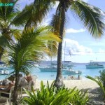 World's Top 10 Boating Destinations For Dockside Bars