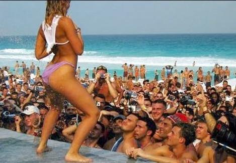 Spring Break 2017 Underway At USA  Florida Beaches