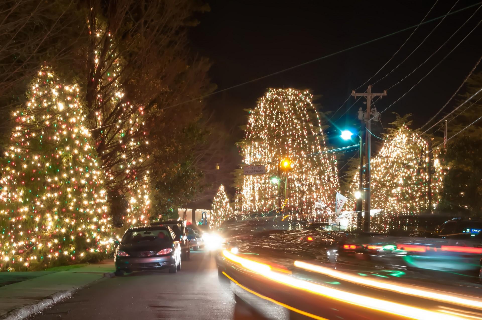 3d Digital Clock Wallpaper Christmas Town Usa At Night Free Stock Photo Public