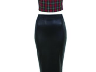 Take tartan to the extreme...make tartan a part of your night out wardrobe with this cool crop top.