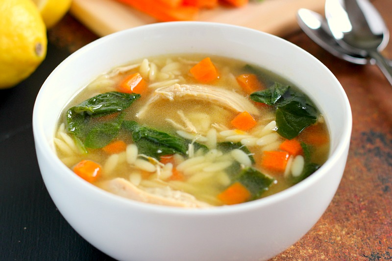 This Lemon Chicken Orzo Soup jam-packed with fresh vegetables, tender ...