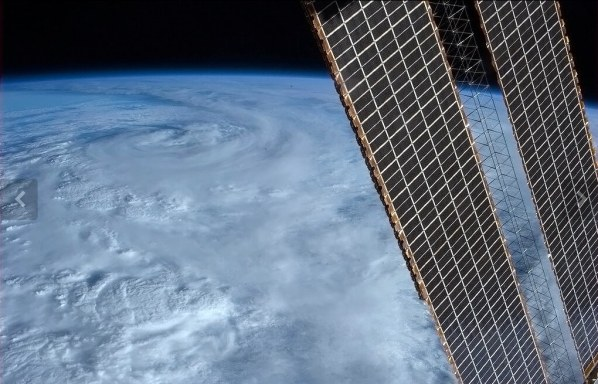 Ciclon en la costa este de Australia