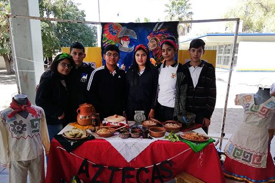 Muestra-Cultural-Gastronomica-de-Artede-la-Zona-de-Mesoamerica,-por-el-área-de-Historia,-UAPG,-URCN-UAS.21.02-(7)
