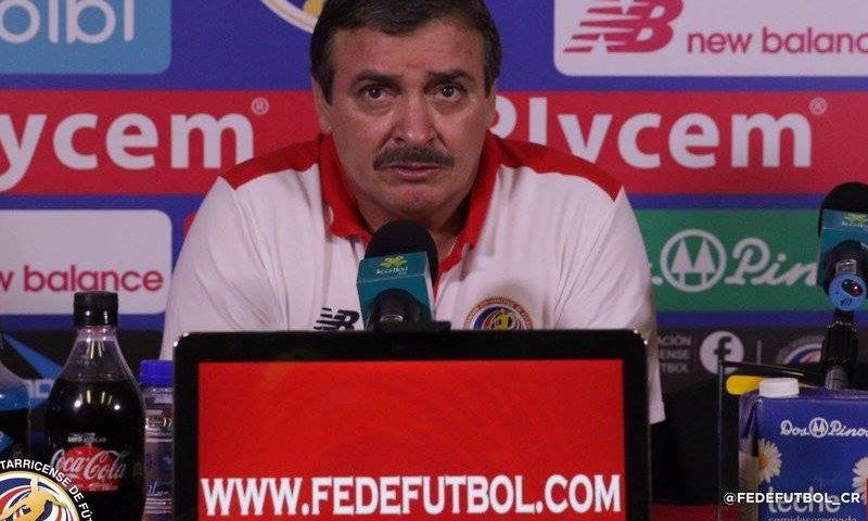 Costa Rica Óscar-Ramírez entrenador Selección Nacional de Fútbol. Foto fedefutbol.compg