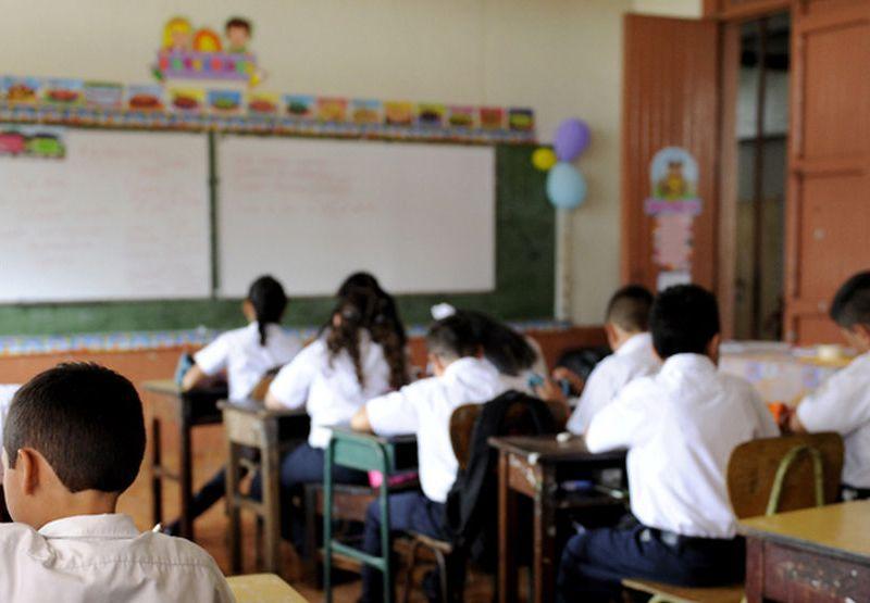 Costa Rica escuela. Google Images
