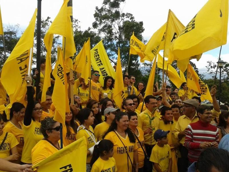 José María Villalta Frente Amplio Foto Facebook