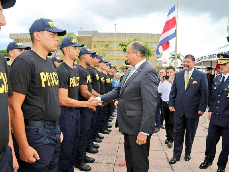 Presidente le pone plazo a ministro Seguridad. Foto Twitter
