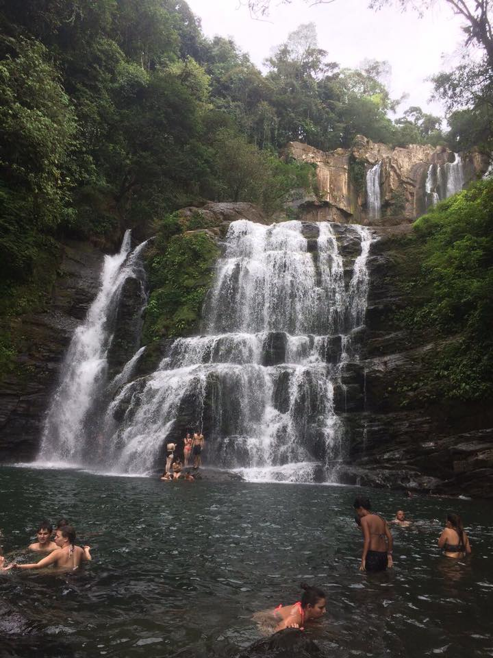 Costa Rica, turismo-cataratas Nauyaca, Platanillo Pérez Zeledón. Foto Ronald Fonseca M.