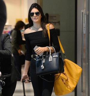 kendall-jenner-heathrow-airport-pic205765