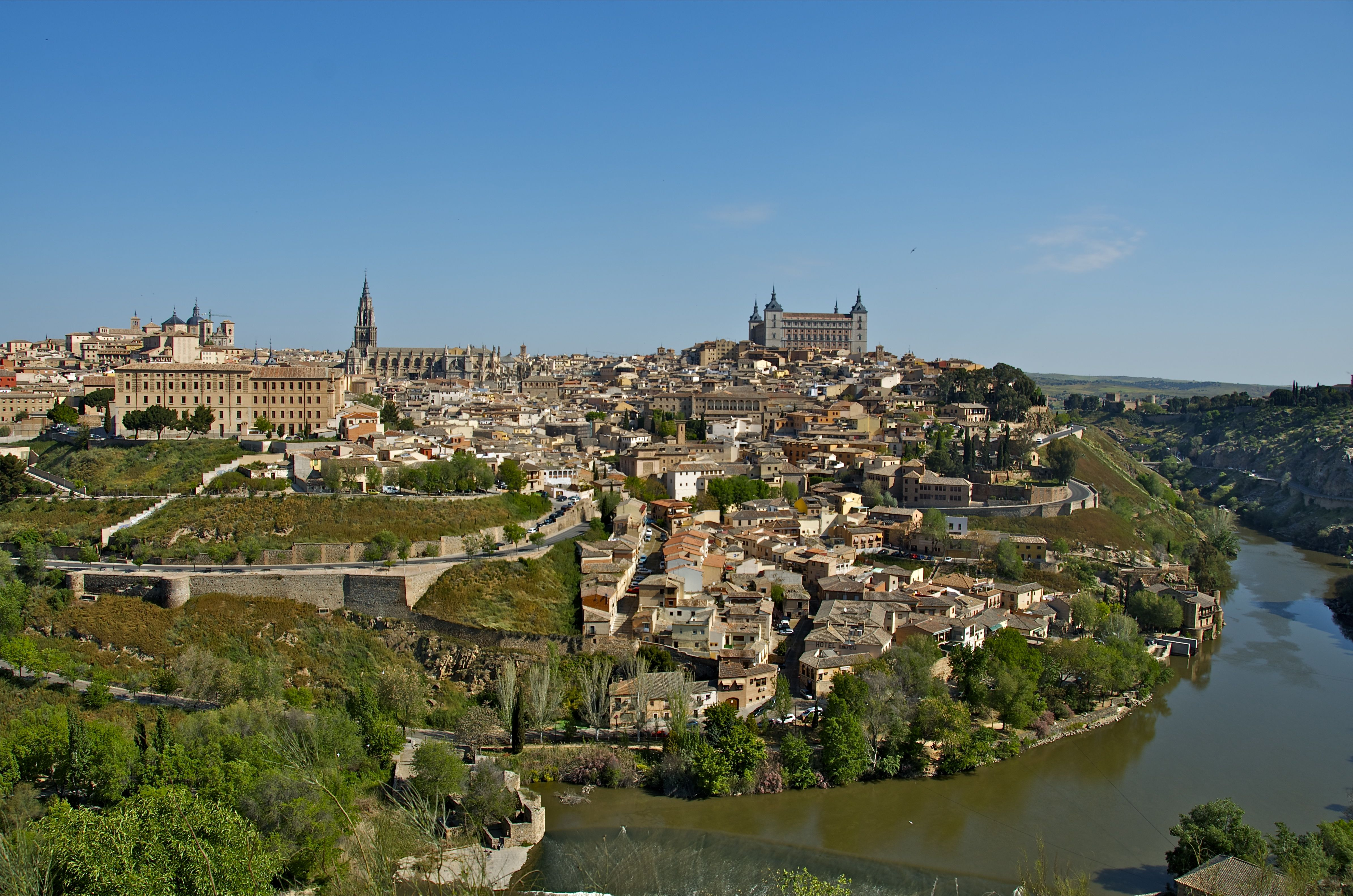 Morning 3d Wallpaper Lost In Toledo Spain Pushing Time