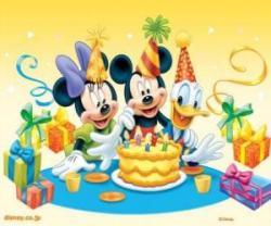 mickey mouse à sa fête d anniversaire mickey mouse et