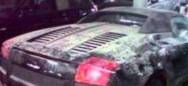 بالفيديو: سيارات فخمة وثمينة مهجورة في دبي