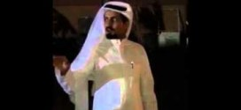 فيديو :شباب سعودييين يقدمون هديه #جيب_لكزس ويقبلون قدم اخيهم الأكبر لبرّه فيهم !