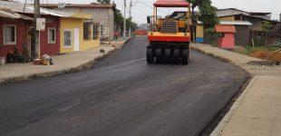 Asfaltado se cumple en la parroquia San Cristóbal; moradores ven con satisfacción la obra municipal