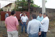 Buscan reubicar a comerciantes mayoristas de legumbres para iniciar la obra del nuevo malecón