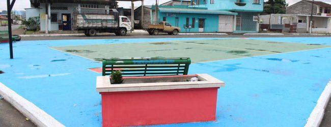 Alcalde Jorge Domínguez  inaugura una plazoleta en San Camilo