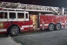 Carro bombero escalera se alista para llegar a Quevedo
