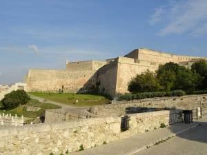 Le Fort Saint-Nicolas défendant le Port de Marseille