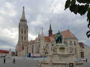 L'église Notre-Dame de l'Assomption de Budavár connue aussi sous le nom d'église Matthias