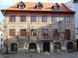 Maison Renaissance de la Rue Kajovska, appréciée pour ses belles peintures murales