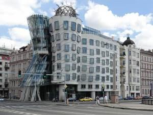 La Maison qui Danse, un des édifices modernes de Prague les plus surprenant