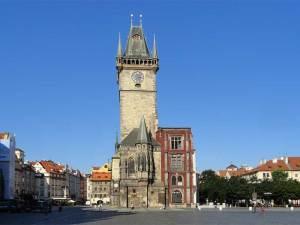 La Tour de l'Horloge de l'Hôtel de Ville, une des principales attractions de Prague avec sa célèbre horloge astronomique