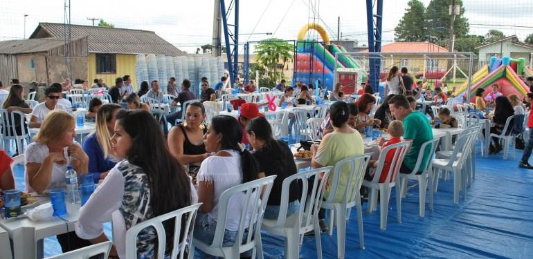 Grandiosa Festa do Trabalhador comemora também os 60 Anos do STIQFEPAR