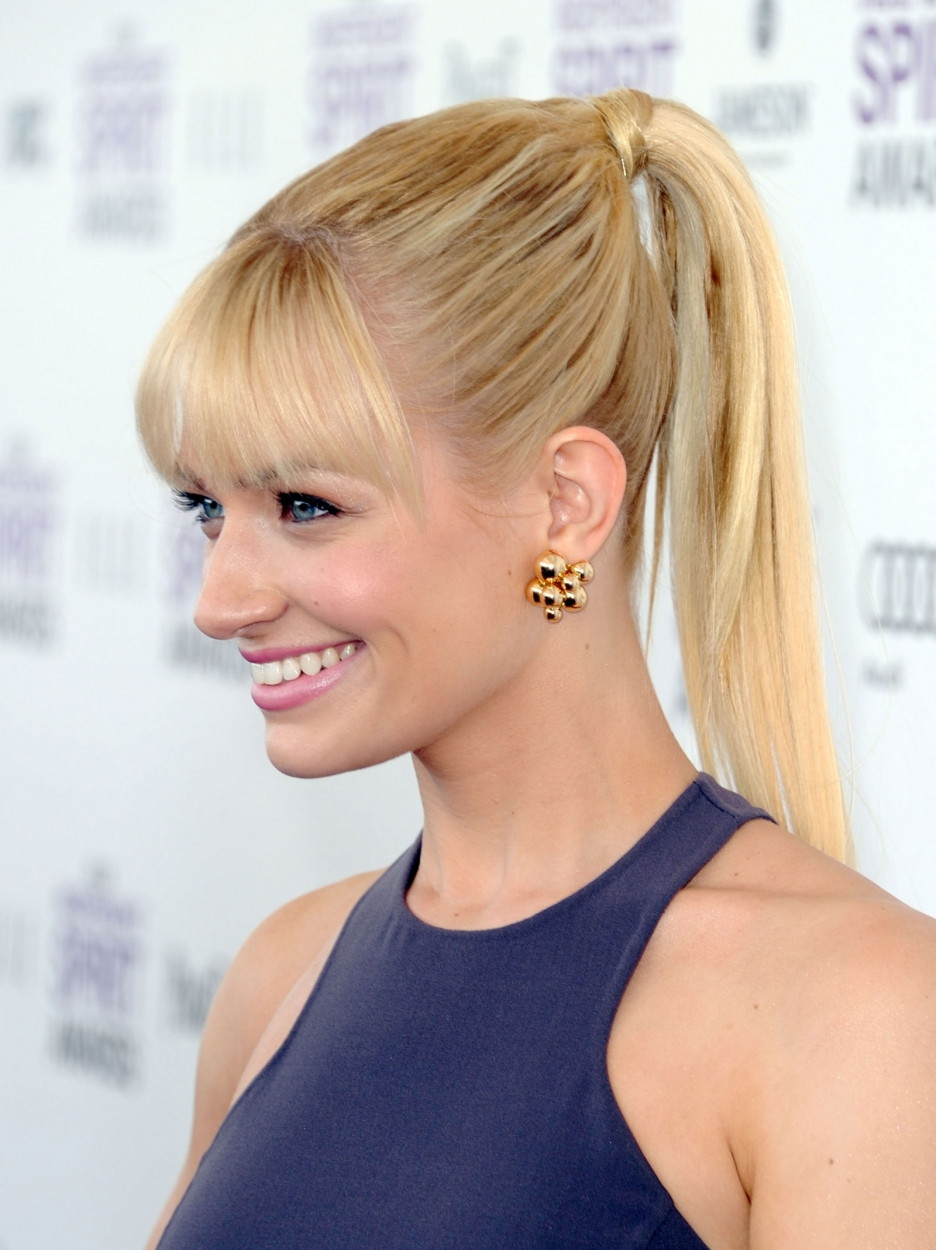 Fake Quotes Wallpaper Beth Behrs Biography Beth Behrs S Famous Quotes Sualci