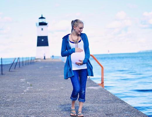 Transitional Maternity Style for Fall 2016 by Rachael Burgess