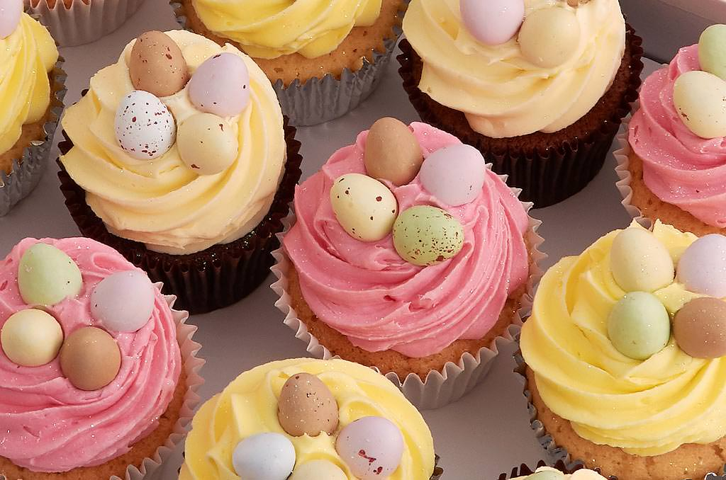 Cute Cupcake Wallpaper Easter Egg Cupcakes Easter Cake Delivery Easter