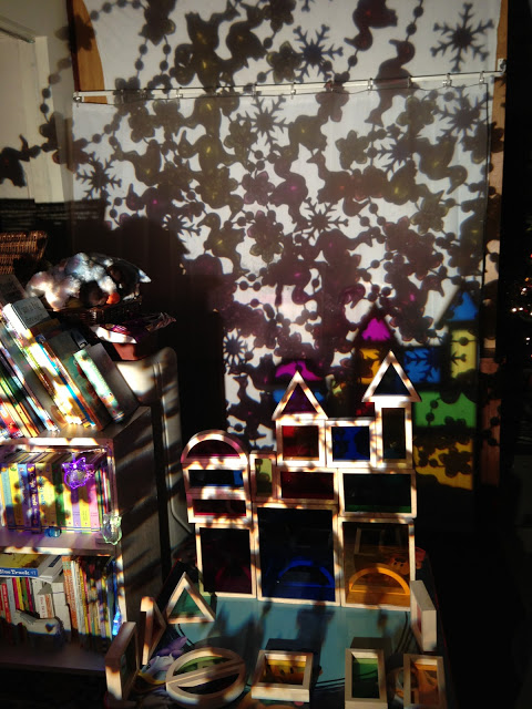 Overhead Projector Play And Learn Reggio Inspired