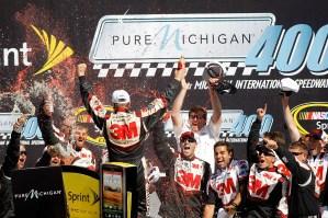 2012_Michigan_Aug_NSCS_Greg_Biffle_Victory_Lane