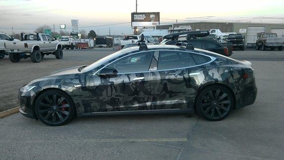 Tesla Model S W Panoramic Roof 4dr Rack Installation Photos