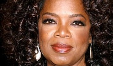 oprah winfrey1001 e1304588292255 Essence to Honor Black Women in Hollywood: The Power of Our Presence