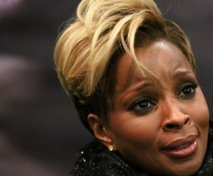 Mary+J+Blige+Signs+Copies+Stronger+Each+Tear+Nt mcTX6rmhl e1352106208860 300x248 The Biggest Radio Facts Stories of 2012