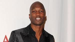 Chad O VuMee Signs Former All Pro NFL Wide Receiver Chad Johnson (OchoCinco) As Content Provider