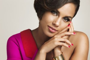 alicia keys 300x200 VH1 Joins With Greater Than AIDS And Alicia Keys To Spotlight Impact Of HIV On Women In The U.S.